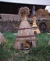 © Roger Choplain, Roland Maston, Région Auvergne - Inventaire général du Patrimoine culturel, ADAGP - Autrac, la Chase, ruche en paille de seigle.