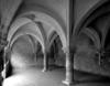 © Roger Choplain, Roland Maston, Région Auvergne - Inventaire général du Patrimoine culturel, ADAGP - Bâtiment A, rez-de-chaussée, salle capitulaire,mur Nord et mur Est.