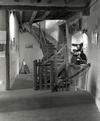 © Roger Choplain, Roland Maston, Région Auvergne - Inventaire général du Patrimoine culturel, ADAGP - Maringues, tannerie Grandval, vue de l'escalier menant au séchoir, depuis le rez-de-chaussée.