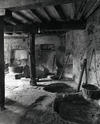 © Roger Choplain, Roland Maston, Région Auvergne - Inventaire général du Patrimoine culturel, ADAGP - Maringues, tannerie Grandval, vue des fosses à tan, en rez-de-rivière.
