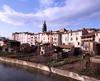 © Roger Choplain, Roland Maston, Région Auvergne - Inventaire général du Patrimoine culturel, ADAGP - Maringues, vue générale du quartier sud-ouest de la ville, entre la Morge et le quartier de l'église.