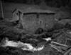 © Jean-Michel Périn, Roland Maston, Région Auvergne - Inventaire général du Patrimoine culturel, ADAGP - Viscomtat, moulin à farine avec atelier de monteur de couteaux
