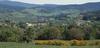 © Jean-Michel Périn, Roland Maston, Région Auvergne - Inventaire général du Patrimoine culturel, ADAGP - Vue panoramique de la commune de Viscomtat
