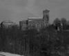 © Ph. Inv. P. Hervouet, Région Auvergne - Inventaire général du Patrimoine culturel, ADAGP - Pont-Salomon, église paroissiale. Vue générale de l'église depuis le sud.