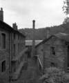 © Ph. Inv. P. Hervouet, Région Auvergne - Inventaire général du Patrimoine culturel, ADAGP - Vue d'ensemble depuis le Sud-Ouest. Logement à gauche, bureaux à droite.