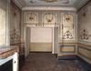 © Isabelle Védrine, Région Auvergne - Inventaire général du Patrimoine culturel, ADAGP - 9 rue de l'Hôtel-de-Ville, 1er étage, chambre avec alcôve