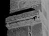 &copy; Roger Choplain, Roland Maston, Région Auvergne - Inventaire général du Patrimoine culturel, ADAGP - Rochefort-Montagne, Saint-Martin-de-Tours, église paroissiale, Détail d'un décor sculpté d'imposte (travée du choeur).<br />