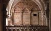 """© Jean-Michel Périn, Roland Maston, Région Auvergne - Inventaire général du Patrimoine culturel, ADAGP - Décor architectural de la fin du XIIe siècle (petit transept, bras sud) conservé dans la """"Chapelle Vieille""""."""
