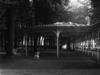 © Roger Choplain, Roland Maston, Région Auvergne - Inventaire général du Patrimoine culturel, ADAGP - Kiosque, côté rue du Parc, vue général.